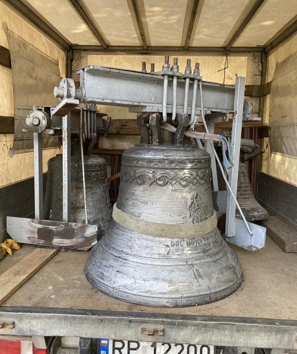 Remont dzwonów w Puchaczowie-Parafia Puchaczów (9)