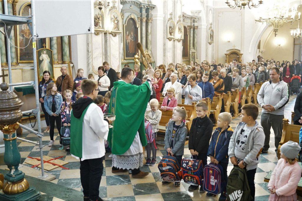 Poświęcenie tornistrów 2018-Parafia Puchaczów (4)